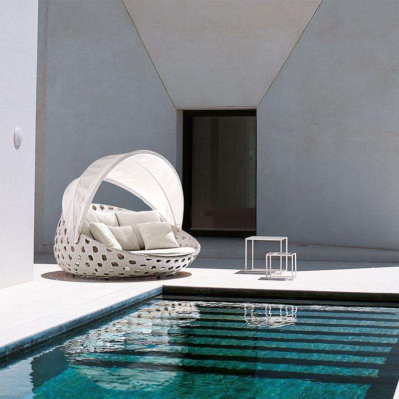 poltrone-da-giardino-8-modelli-per-arredare-l-outdoor-arredo-dal-pozzo-poltrona-canasta.jpg
