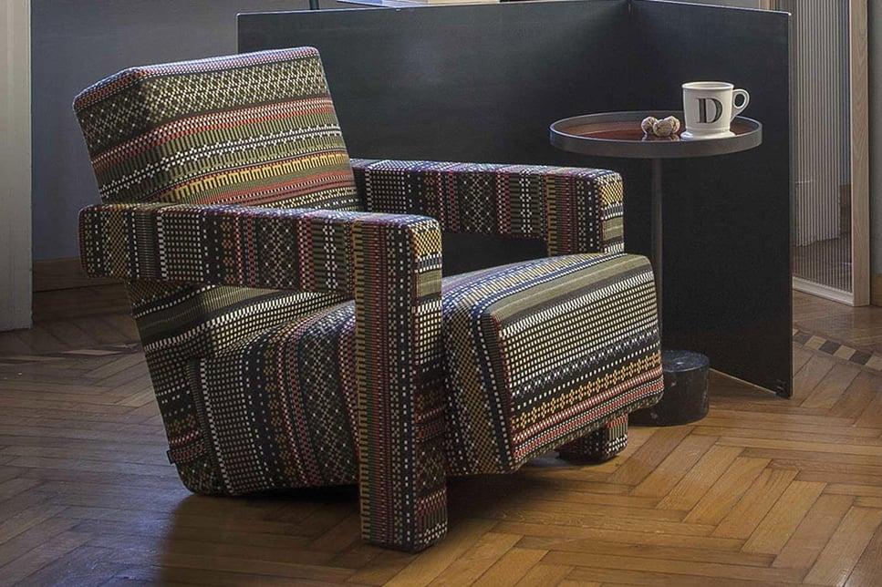 arredamento-di-design-del-soggiorno-con-cassina-ad-dal-pozzo-5.jpg