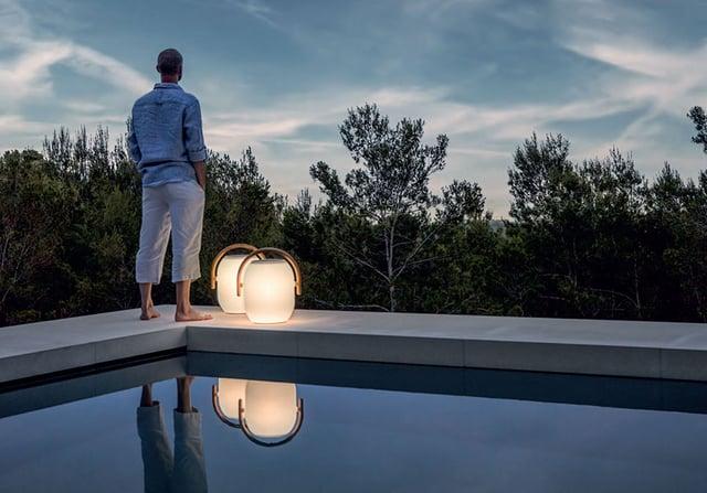 ad-dal-pozzo-come-arredare-outdoor-e-bordo-piscina-con-gloster-lamapada-ambient-coocon.jpg