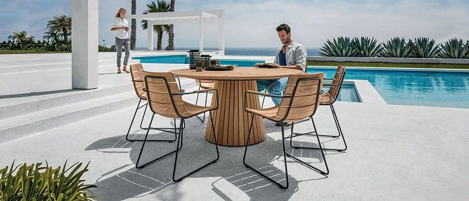 ad-dal-pozzo-come-arredare-outdoor-e-bordo-piscina-con-gloster-tavolo-whirl-sedie-william.jpg