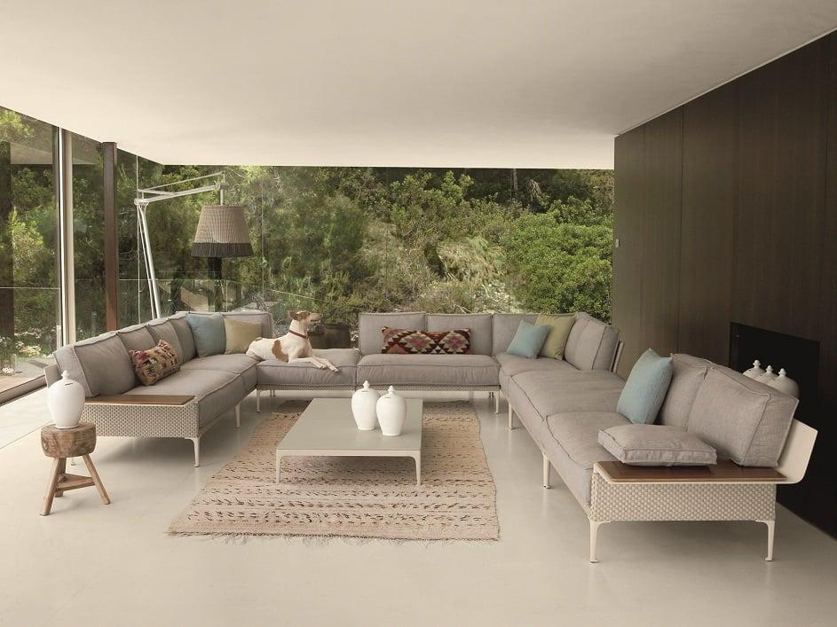 Come-arredare-casa-la-casa-di-vacanza-in-stile-moderno-con-Cassina-deodon-gloster-AD-Dal-Pozzo.jpg