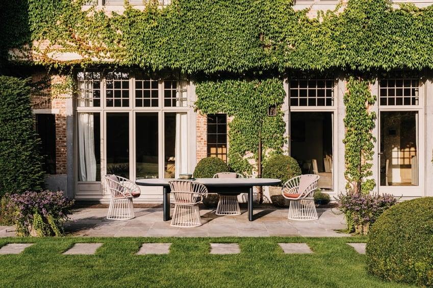Kettal-Arredo-dal-pozzo-Come-progettare-tavoli-e-sedie-da-giardino-con-i-colori-di-Kettal-13.jpg