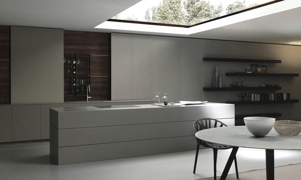 cucina modulnova con tavolo iron in marmo di carrara