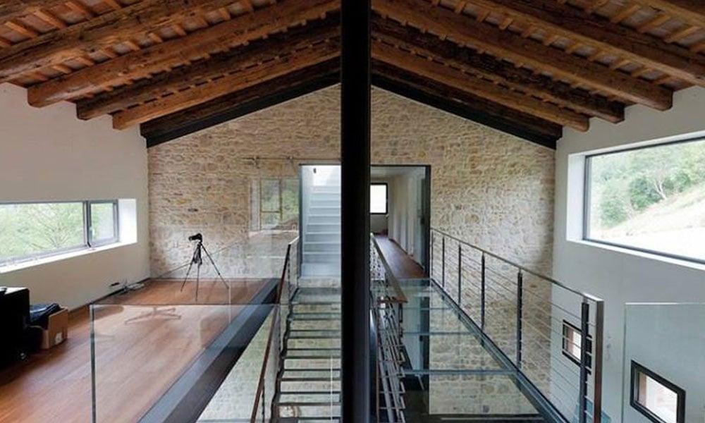 Una villa in stile rust-industial
