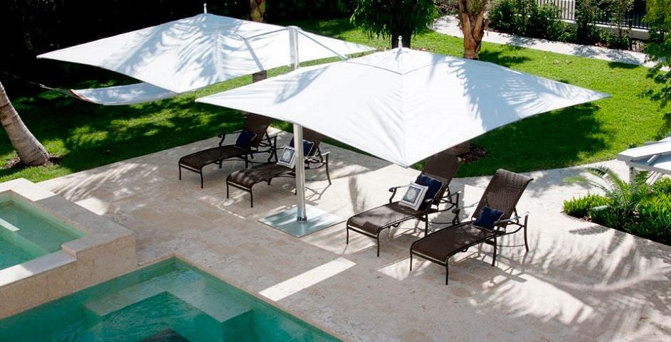 Come arredare casa la casa di vacanza in stile moderno con Cassina-Tuuci-obrelloni-AD-Dal-Pozzo.jpg