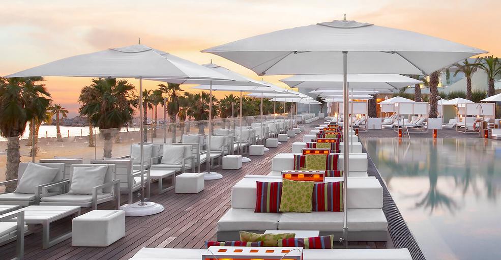 forniture-per-ristorazione-e-hotel-ombrelloni-di-desing-tuuci-ocean-master-classic.png