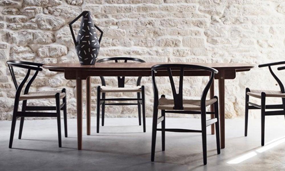 tavolo e sedie Carl Hansen con seduta in corda