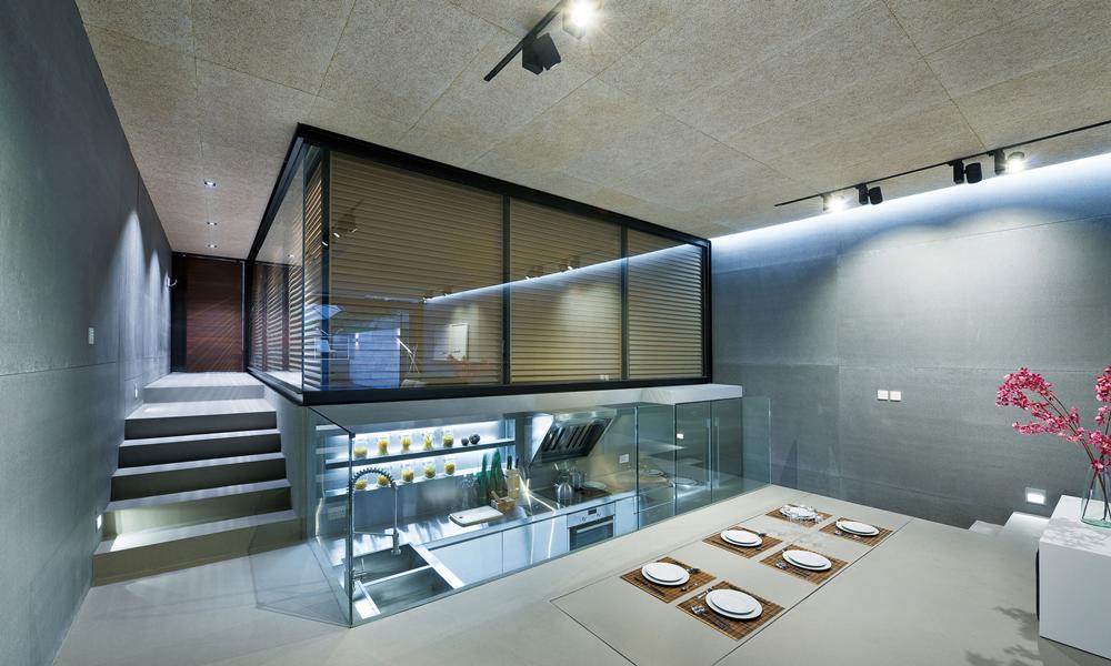 L'interno arredato di un garage innovativo e futuristico