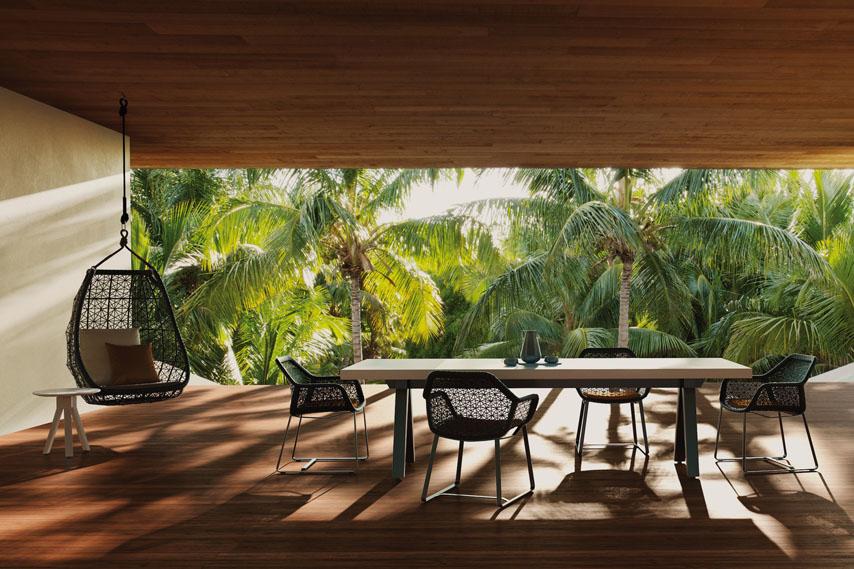Kettal-Arredo-dal-pozzo-Come-progettare-tavoli-e-sedie-da-giardino-con-i-colori-di-Kettal-03.jpg